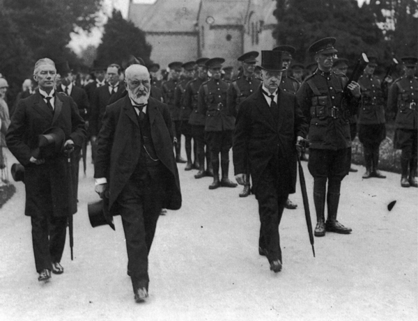 WT Cosgrave & Tim Healy (left) at the State Funeral of Kevin O'Higgins (Courtesy of UCC MultiText)